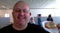 Zwei Berliner in der Schweiz - wobei einer (rechts) ja eigentlich ein Pfannkuchen ist ... | Foto von Regula Balteschwiler